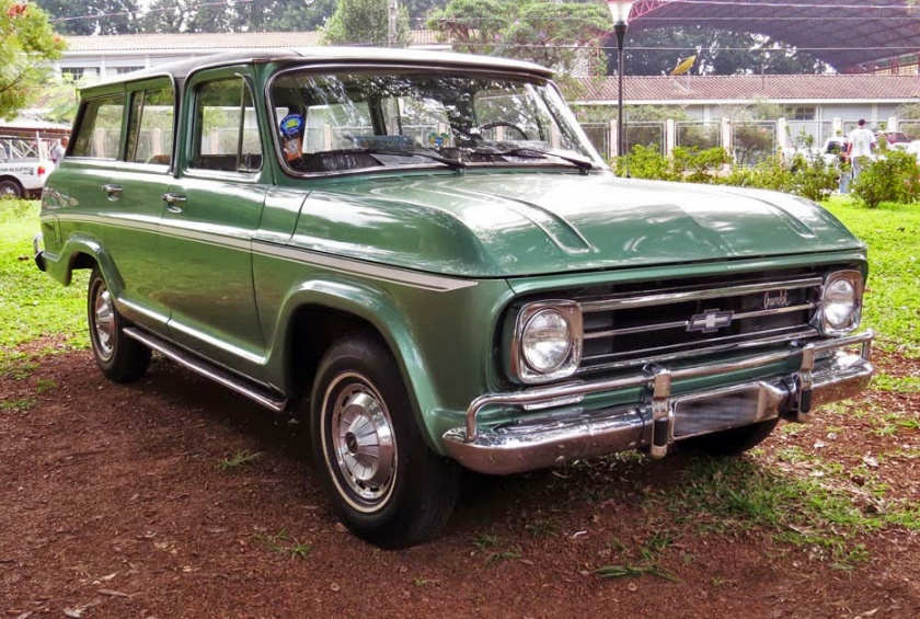 Chevrolet Veraneio Green