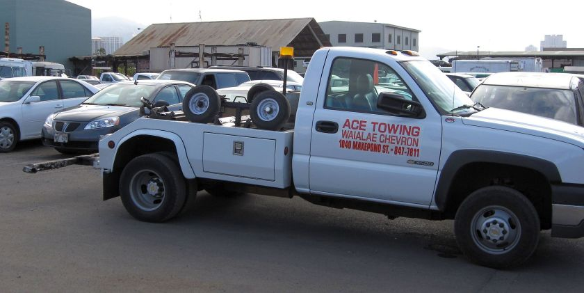 Tow truck in Honolulu, Hawaii.