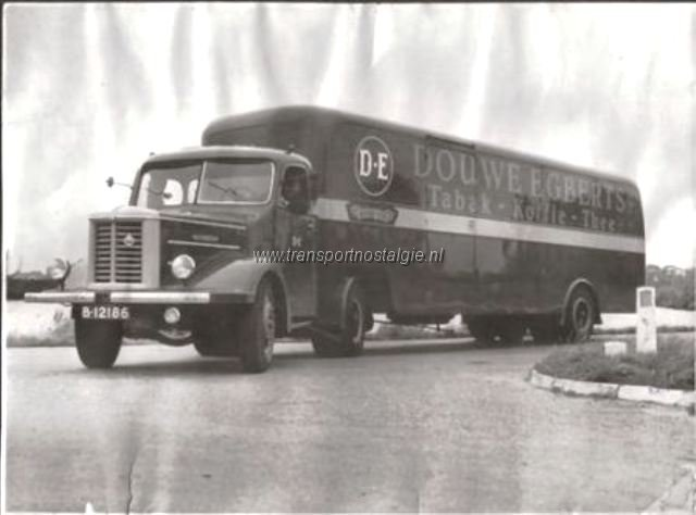 Scania Douwe Egberts - Joure  B-12186
