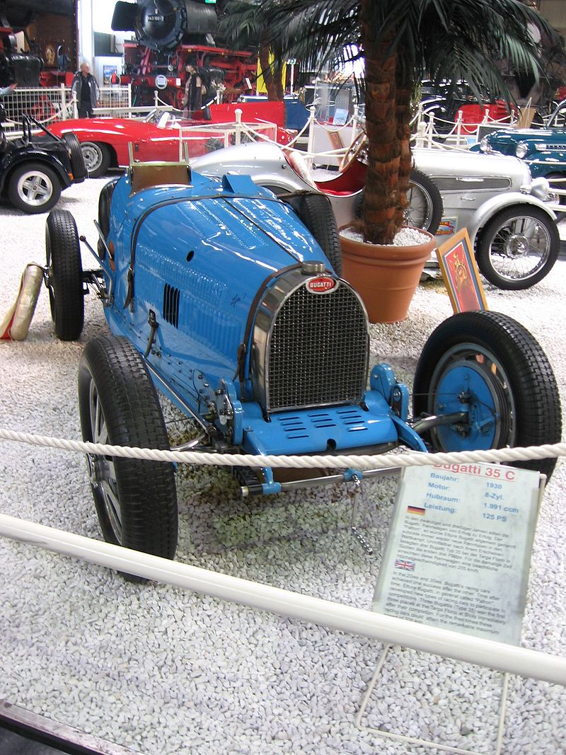 1925 Bugatti Type 35C in racing trim