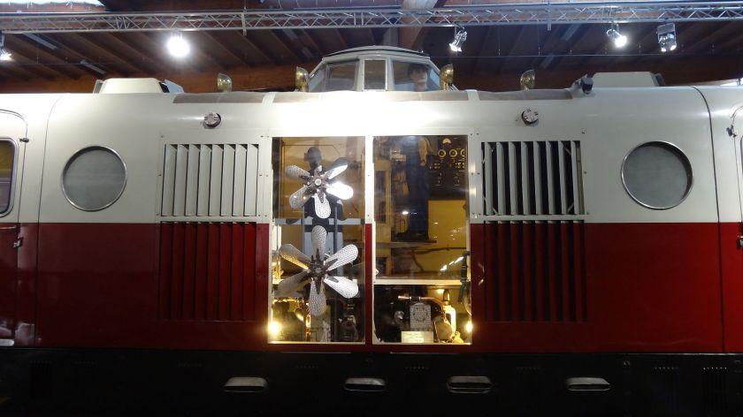 Bugatti railcar inside