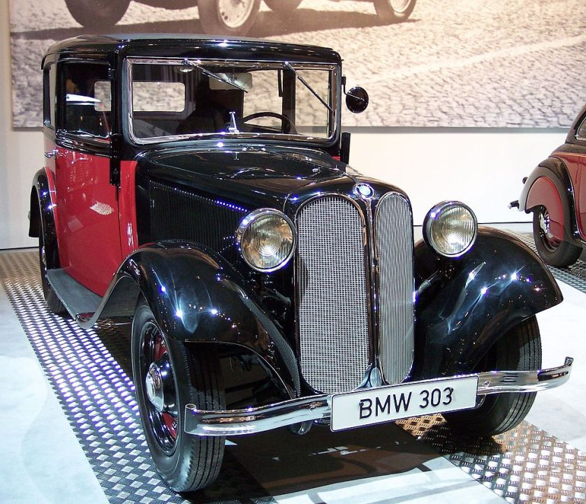 1024px-BMW_303_1933_bicolor_vr_TCE