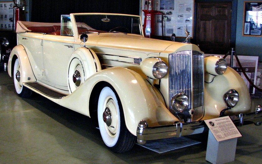 1933 Packard 12-cylinder Touring Sedan Convertible
