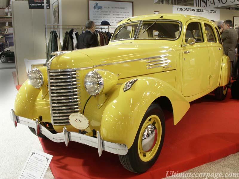 1937 Berliet-11-CV-Type-Dauphine 1