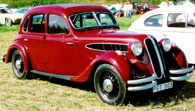 1938 BMW_326_limousine_1938_as_before_but_slightly_cropped