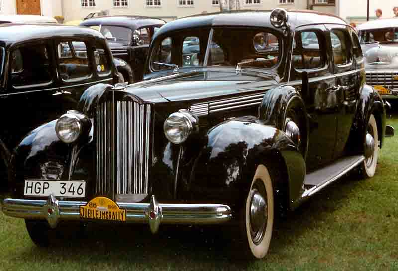 1939 Packard Seventeenth Series One Twenty 1701 4-Door Touring Sedan