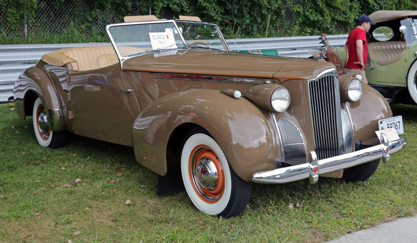1940 Packard 120 Darrin Convertible Victoria