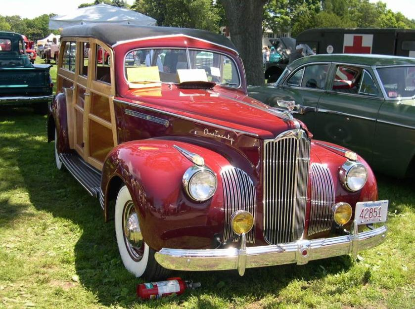 1941 Packard 120 Station Sedan Woody