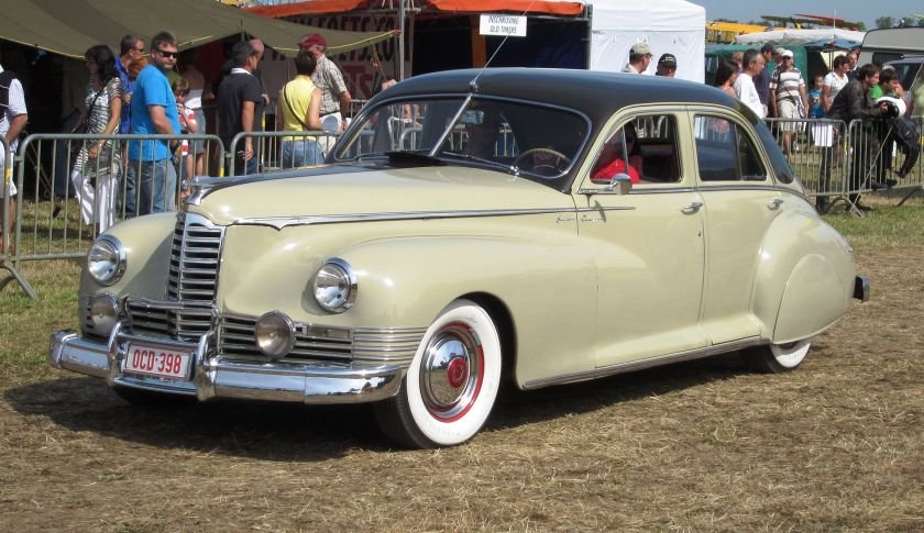 1947 Packard Clipper Super Touring Sedan Modell 2103-1672 (1946) oder 2103-2172 (1947).