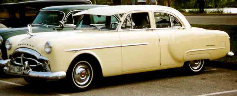 1951 Packard 200 De Luxe 4-Door Sedan