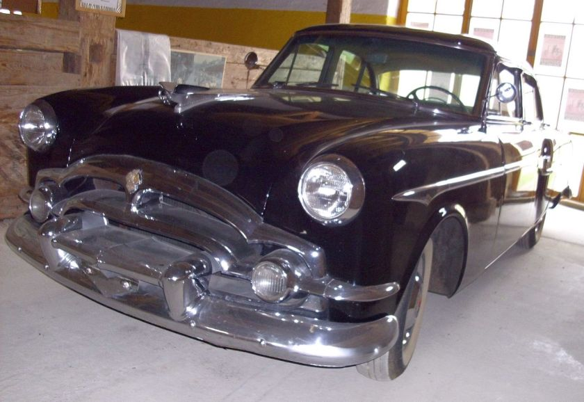 1953 Packard Clipper Deluxe Touring Sedan Modell 2662