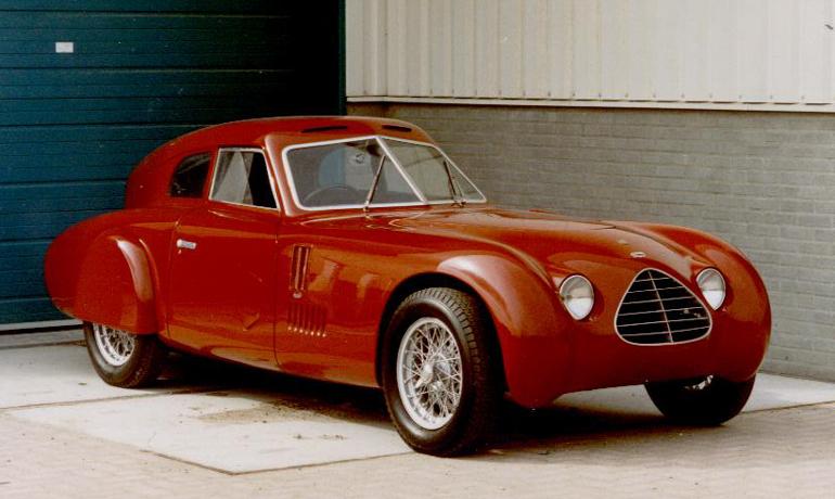 1955 Cisitalia-202-Cassone-001
