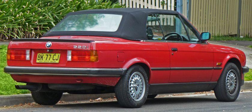 1988–1990 BMW 320i (E30) convertible (Australia)