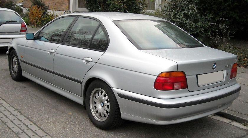1997-00 BMW E39 rear