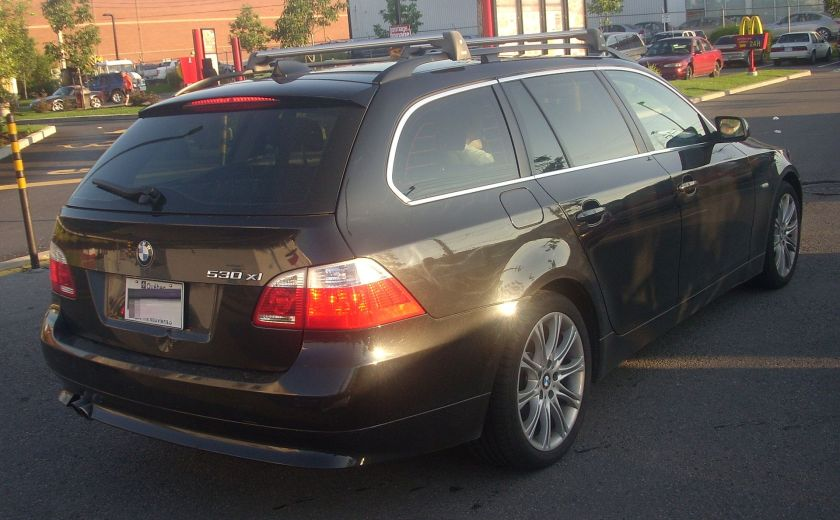 2006-07 BMW 530xi Rear