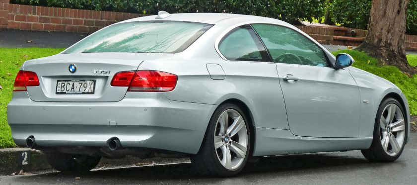 2006-10 BMW 325i (E92) coupe 02