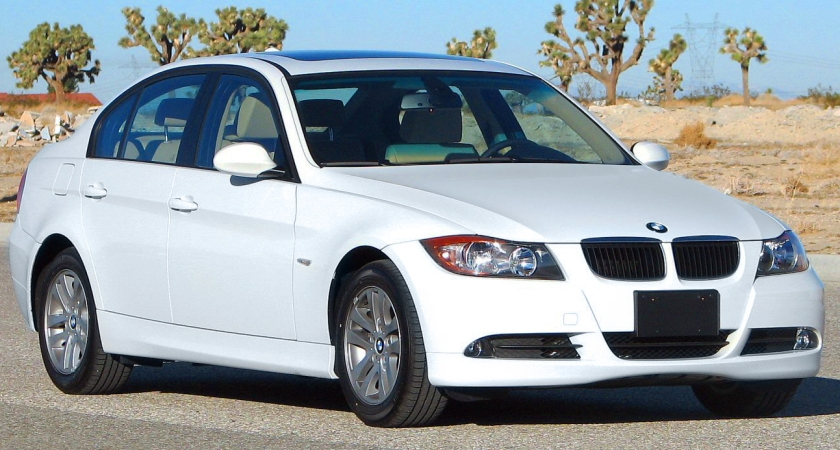 2006 BMW 325i pre facelift NHTSA USA