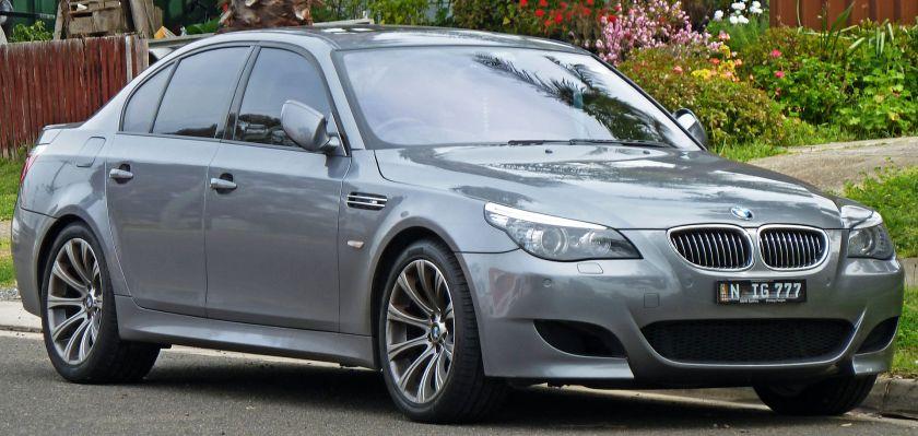 2007-2010 BMW M5 (E60) sedan 01