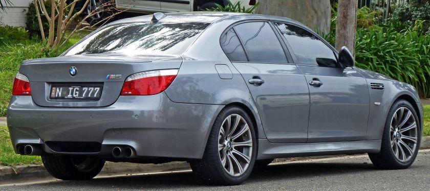 2007-2010 BMW M5 (E60) sedan 02