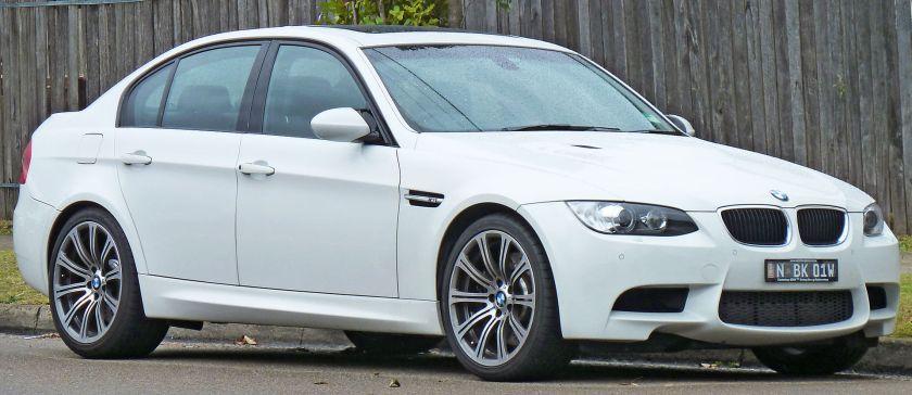 2008-10 BMW M3 (E90) sedan 04