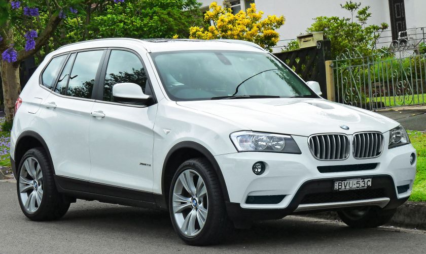 2011 BMW X3 (F25) xDrive28i wagon 01