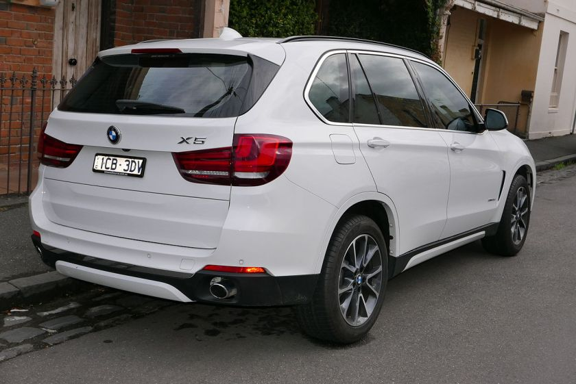 2014 BMW X5 (F15) sDrive25d wagon 02