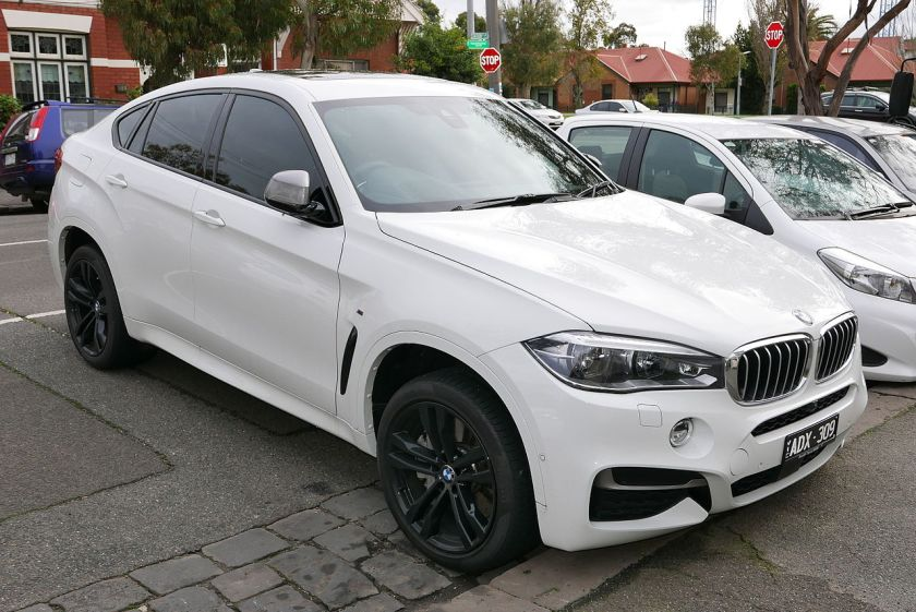 2014 BMW X6 (F16) M50d wagon 01