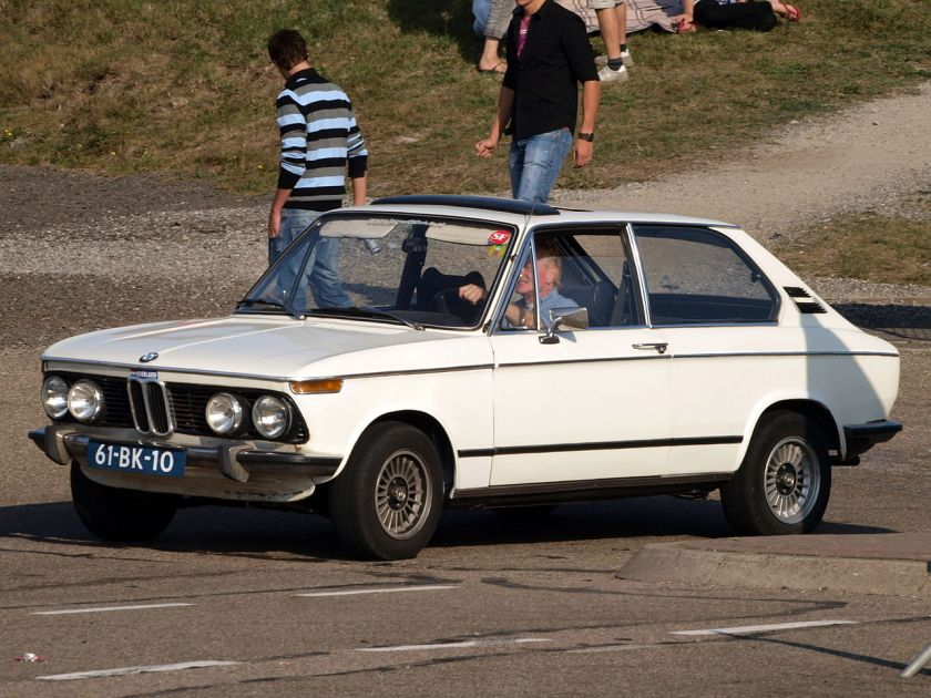 BMW 1802 Touring hatchback