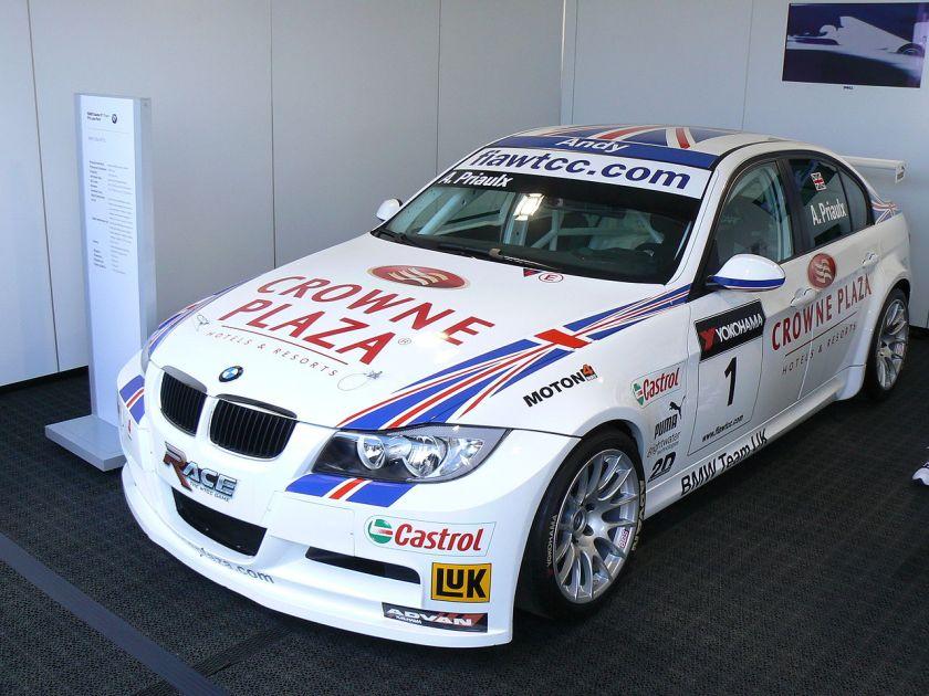 BMW 320si Andy Priaulx WTCC 01