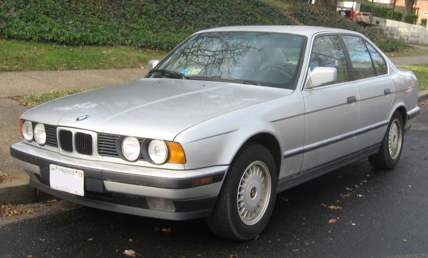 BMW 525i E34 USA with narrow grille