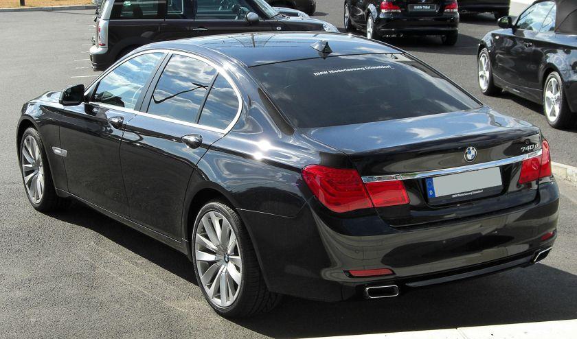 BMW 740d (F01) rear