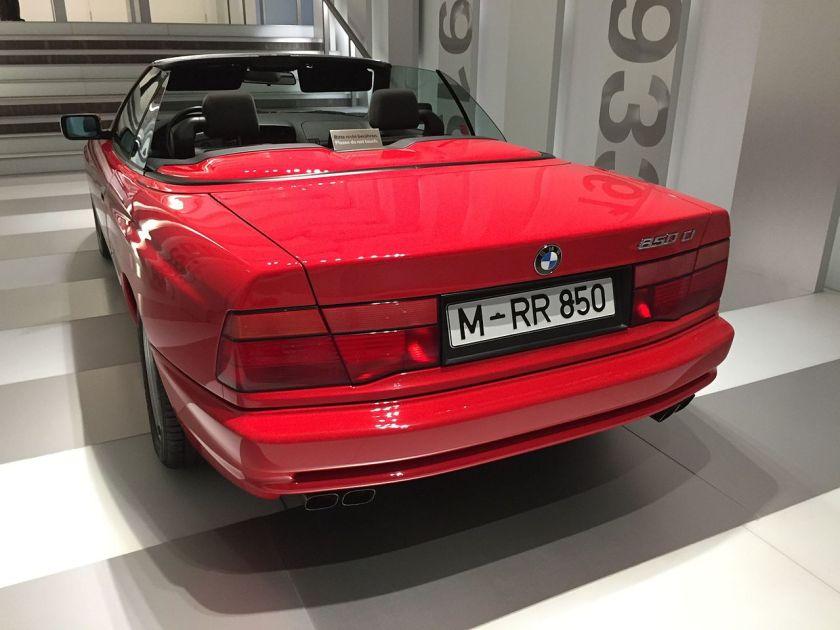 BMW 850i cabrio 8 E31 2015 BME Museum