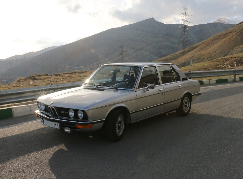 BMW E12, Front View