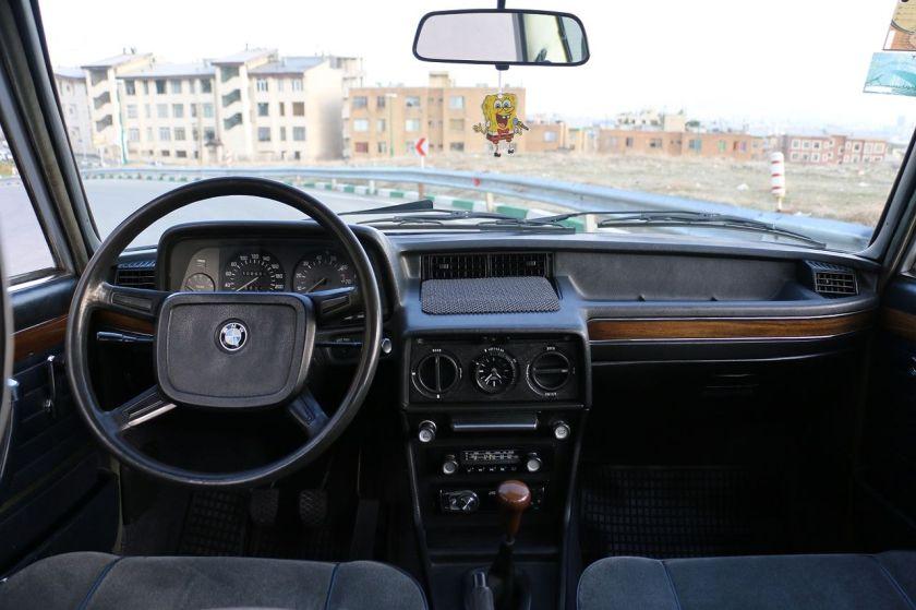 BMW E12 Interior