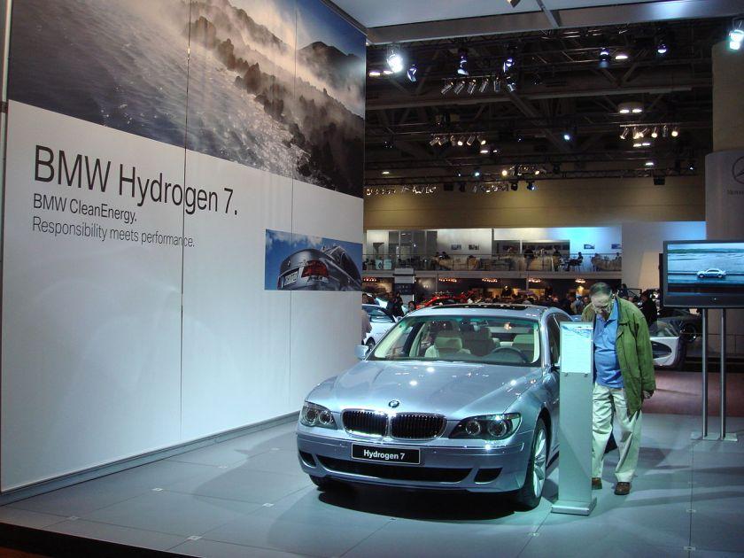 BMW Hydrogen 7 E65