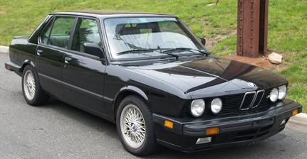 BMW M5sig (E28) USA