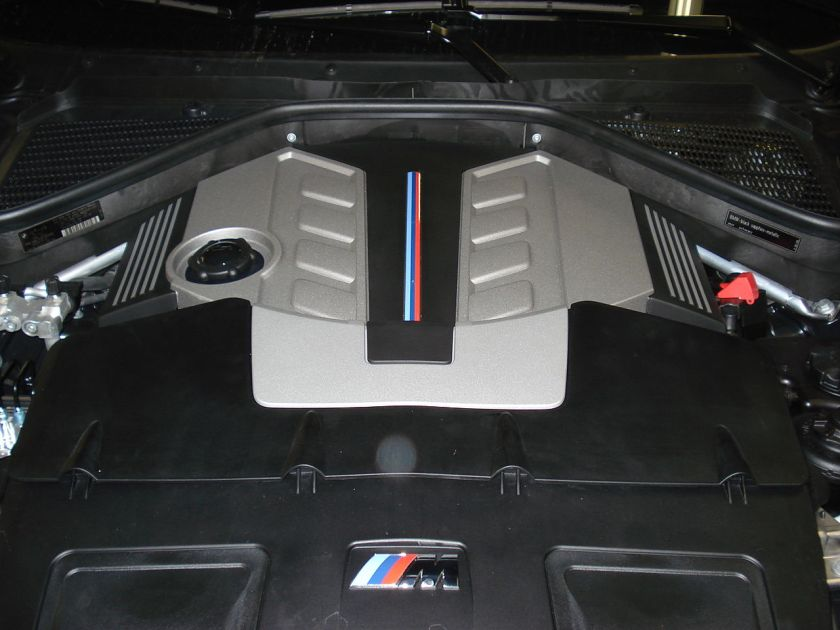 BMW X5M Engine