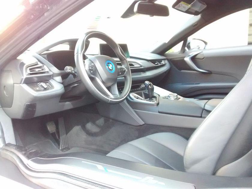 BMW_i8_Cockpit