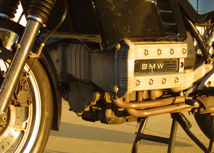 Bmw_k100_engine_i4_1000cc_k100rs