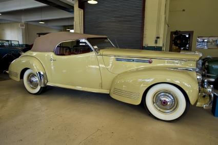 Packard Darrin Victoria