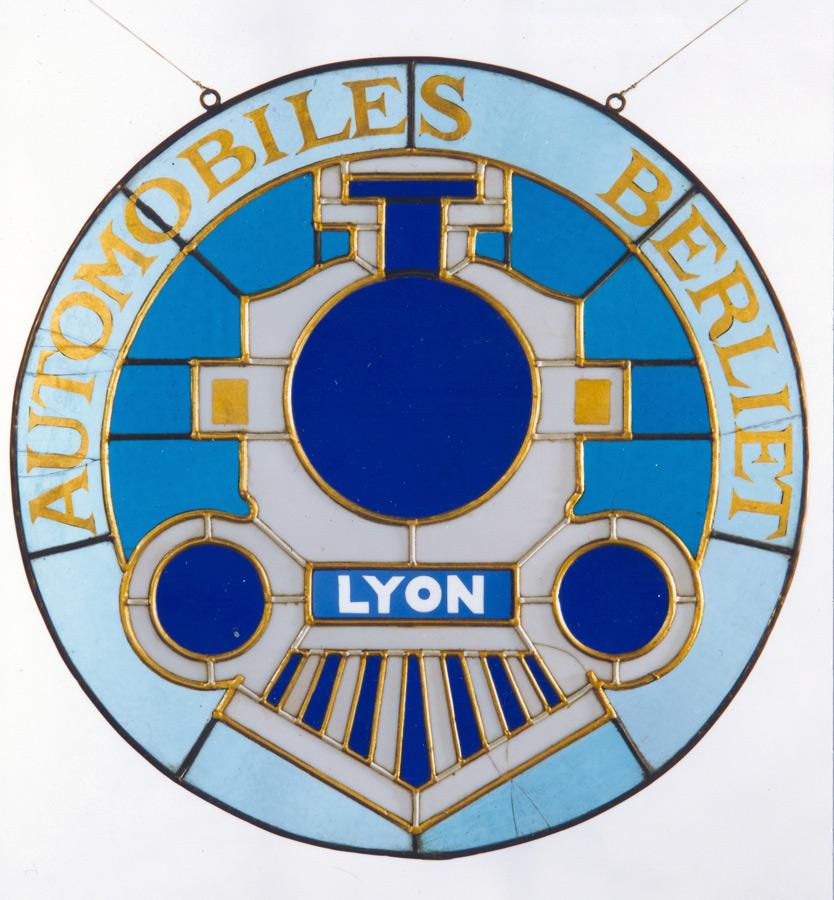 vitrail-logo-berliet