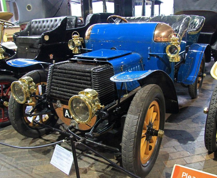 1903 Daimler 22hp Beaulieu_National_Motor_Museum