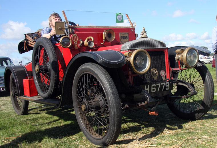 1909 AC Daimler d