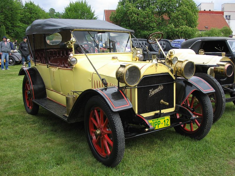 1910 Hupmobile 12, USA c