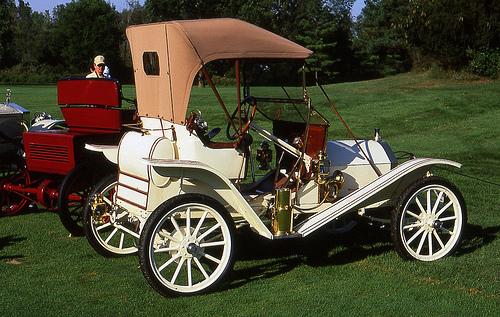 1910 Hupmobile Model 20 runabout