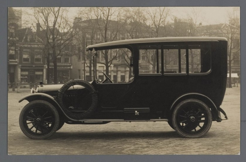 1911 Adler Limousine 15 pk
