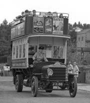 1913 Daimler CC double-decker bus