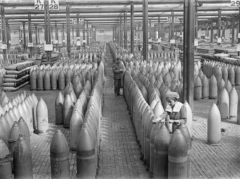 1917 12_inch_shells_at_Chilwell_1917_IWM_Q_30041