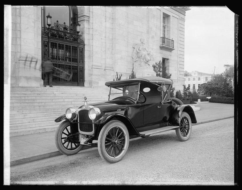 1921 Hupmobile