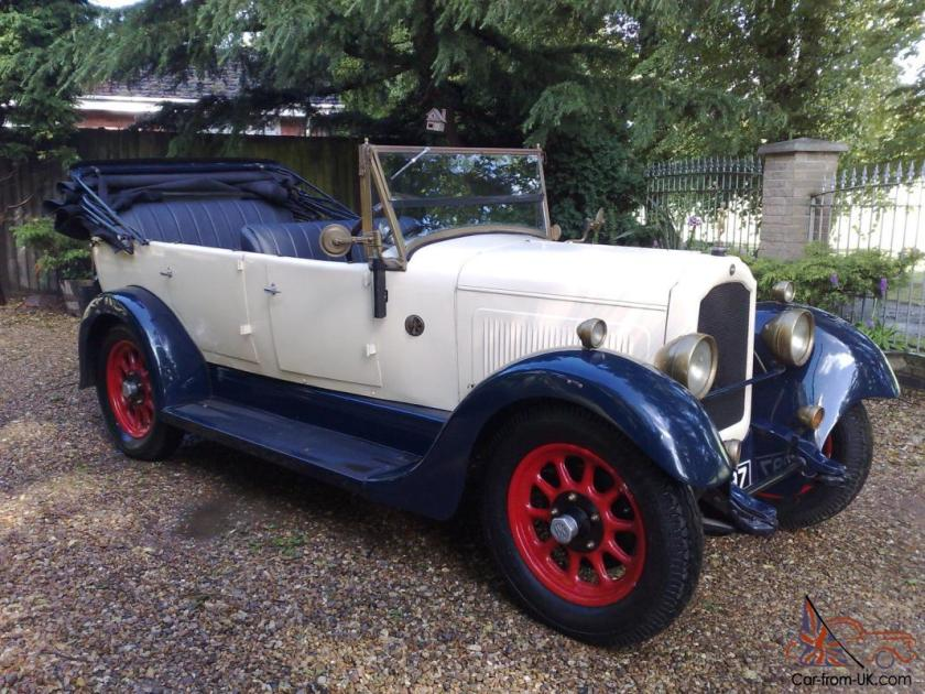 1928 Willys Knight-Crossley 70A tourer